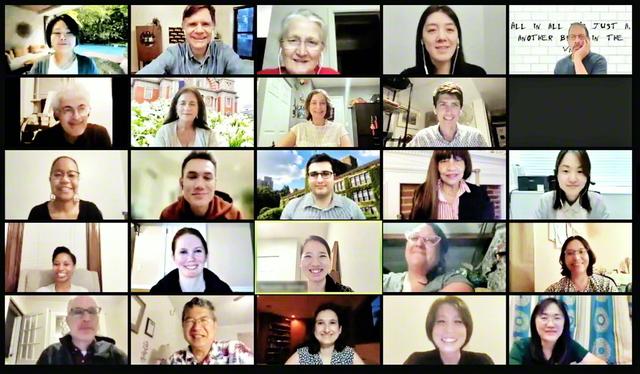 第2回「池田・創価教育研究国際会議」に参加した研究者ら(16日)。会議では、40を超える講演や研究発表が行われた