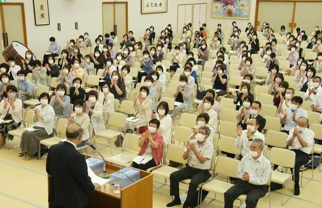 長谷川理事長が出席し、連続勝利を誓い合った総栃木の本部長会(8日、栃木平和会館で)