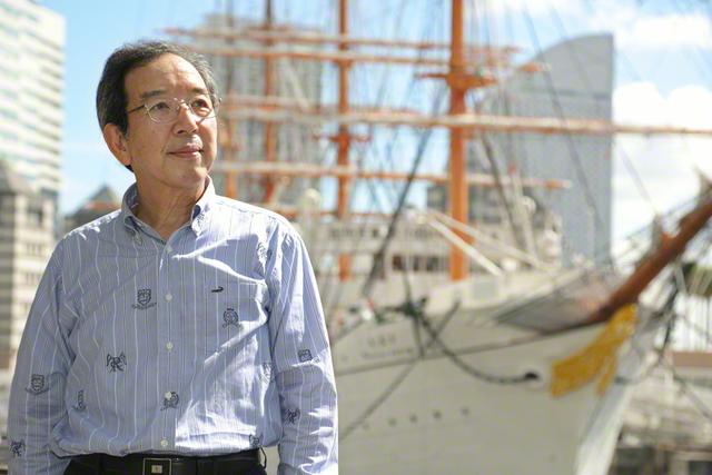 帆船「日本丸」の初航海は、学会創立と同じ1930年。「2030年へ希望の海路を切り開いていきます」と渡部さん。温かな笑顔と誠実な人柄で、広布の大船を前進させる