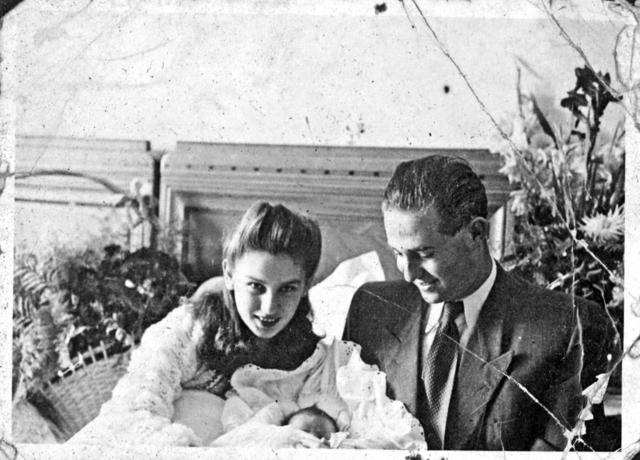 解放後、夫のベーラさんと結婚。長女を出産し、アメリカに渡った ©Edith Eger