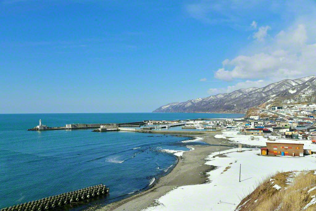 厚田の浜。この海を眺めながら師弟は語らった