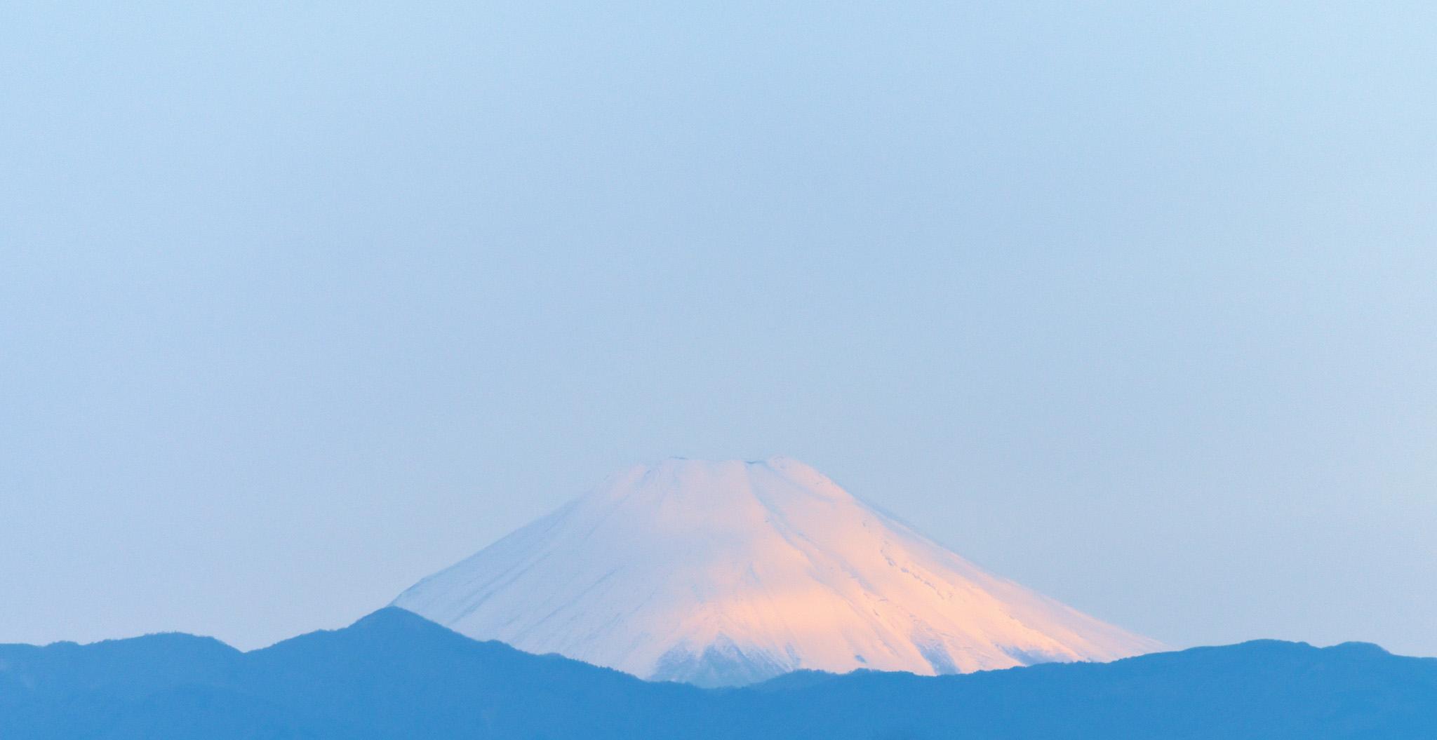 5月3日の富士。総本部から撮影。5時55分